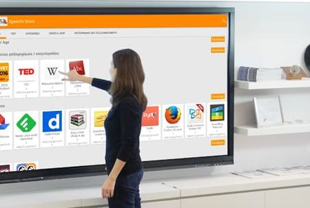 Pourquoi et comment utiliser un écran interactif dans les écoles ?